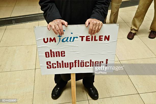 The UmFAIRteilen Alliance has collected more than 130000 signatures for a fairer taxation in Germany and hands over the sinatures to SPD General...