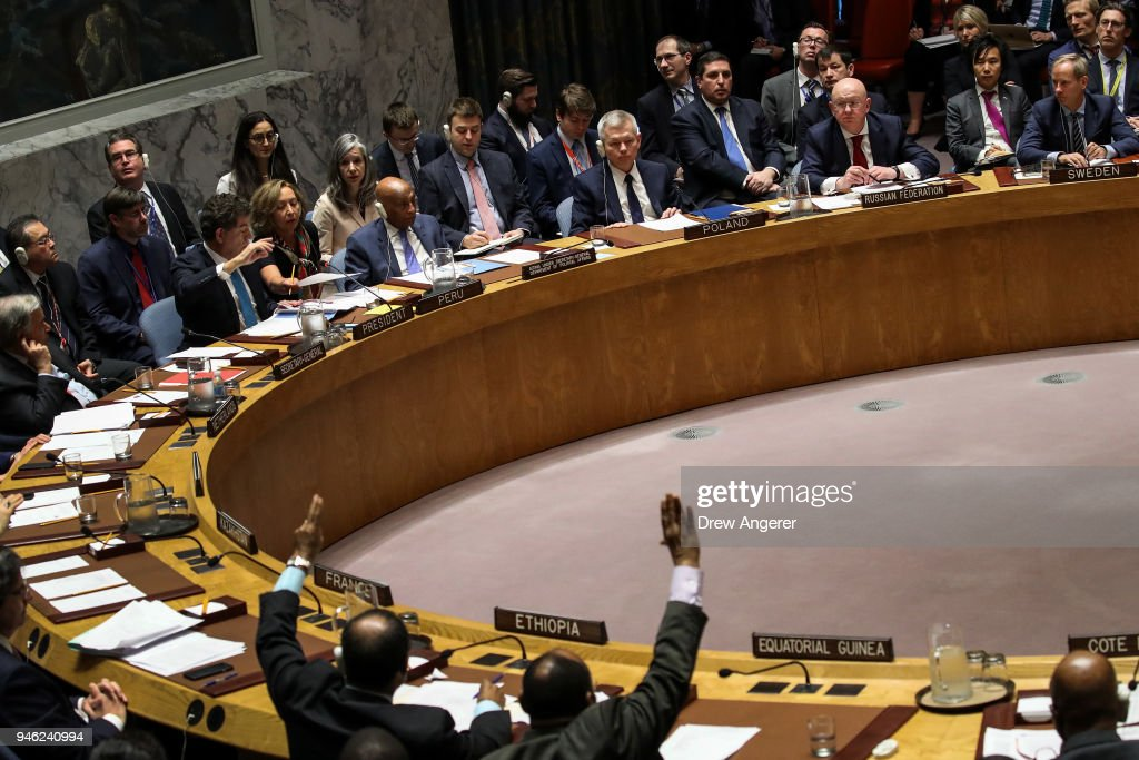 Security Council Holds Emergency Meeting After U.S. Airstrikes In Syria : Nachrichtenfoto