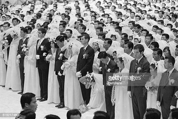The Unification Church weds 790 couples in one mass ceremony in Seoul