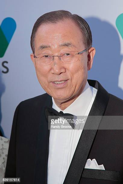 The United Nations SecretaryGeneral Ban Kimoon attends the 2016 Wildlife Conservation Society Gala at Central Park Zoo on June 9 2016 in New York City