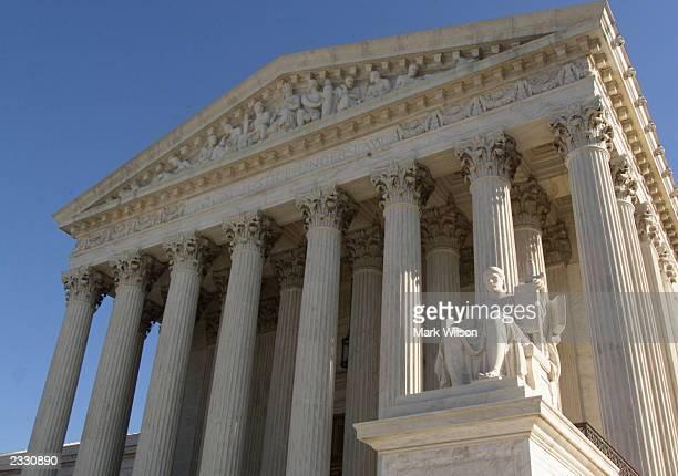 The United States Supreme Court Building, Washington, DC, November 2000. T462392_05