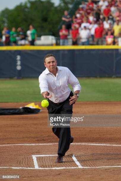 The University of Alabama takes on the University of Oklahoma during the Division I Women's Softball Championship held at ASA Hall of Fame Stadium in...