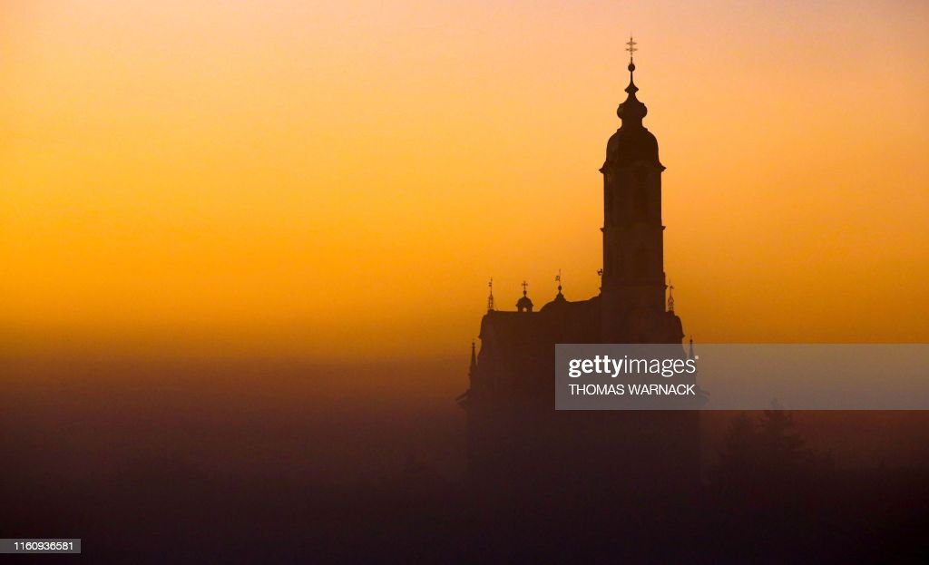 TOPSHOT-GERMANY-WEATHER-ARCHITECTURE-RELIGION : News Photo