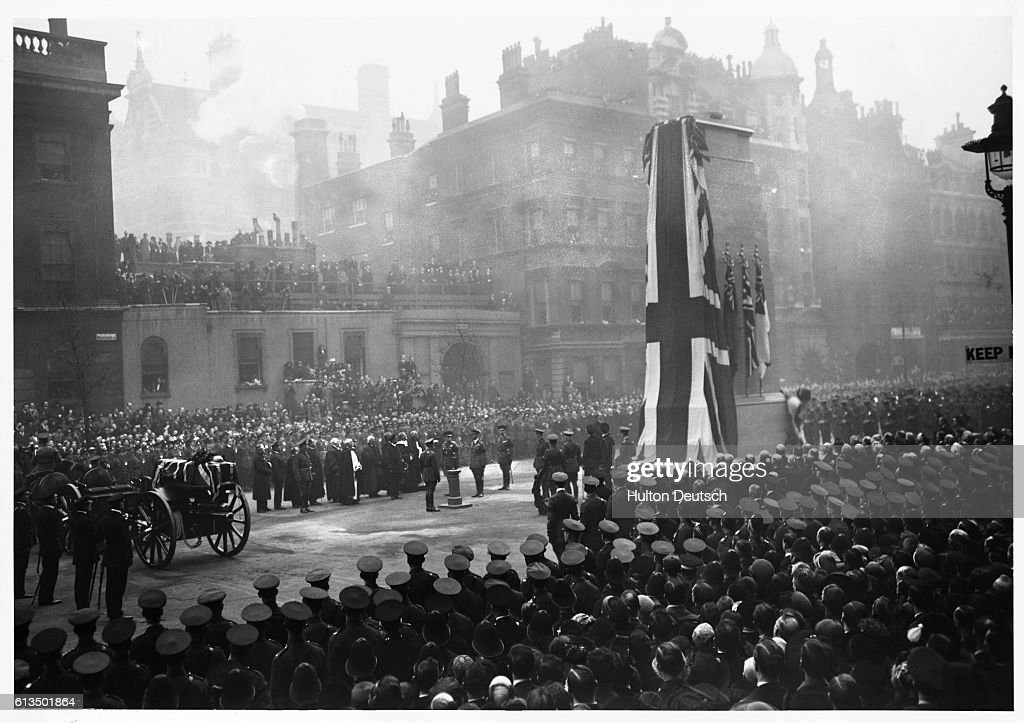 Unveiling of Cenotaph in London : News Photo