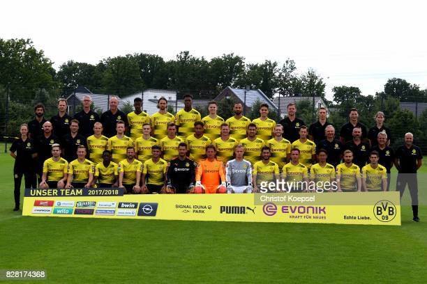 The upper row starts with Doctor Markus Braun, physiotherapist Olaf Wehmer, kit manager Frank Graefen, Alexander Isak, Neven Subotic, Dan-Axel...
