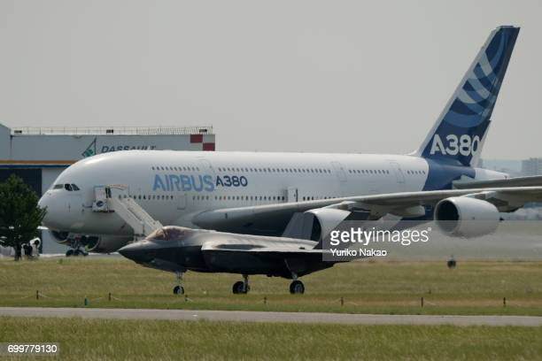 The US Air Force's F35 stealth fighter moves through the tarmac in front of Airbus A380 following an aerial demonstration during the 52nd...