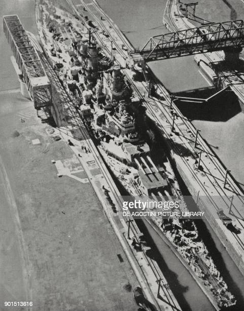 The US battleship USS Missouri passing through the Panama Canal into the Atlantic ocean, from L'Illustrazione Italiana, New Series, No 18, November...