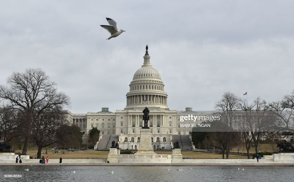 TOPSHOT-US-POLITICS-SHUTDOWN-CAPITOL : News Photo