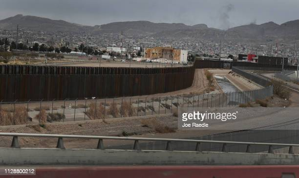 The US/ Mexican border wall is seen on February 10 2019 in El Paso Texas US President Donald Trump is scheduled to visit the border city as he...