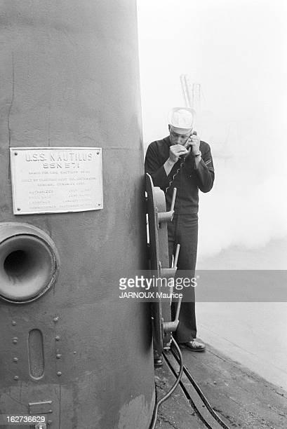 The US Nautilus 1St Nuclear Submarine In Le Havre Le commandant ANDERSON et sa femme