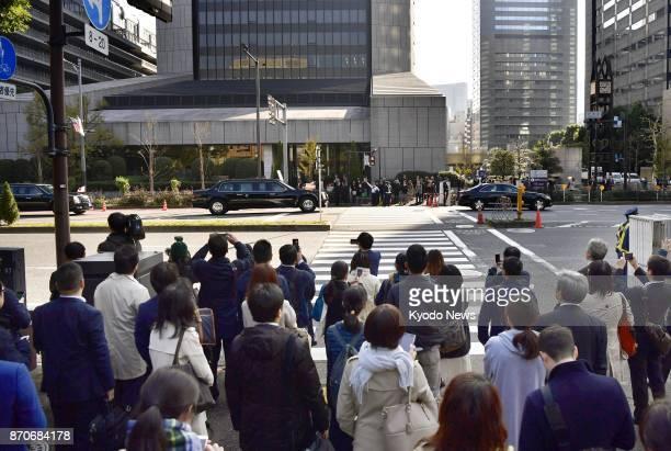 The U.S. Presidential motorcade leaves a Tokyo hotel on Nov. 6, 2017. ==Kyodo