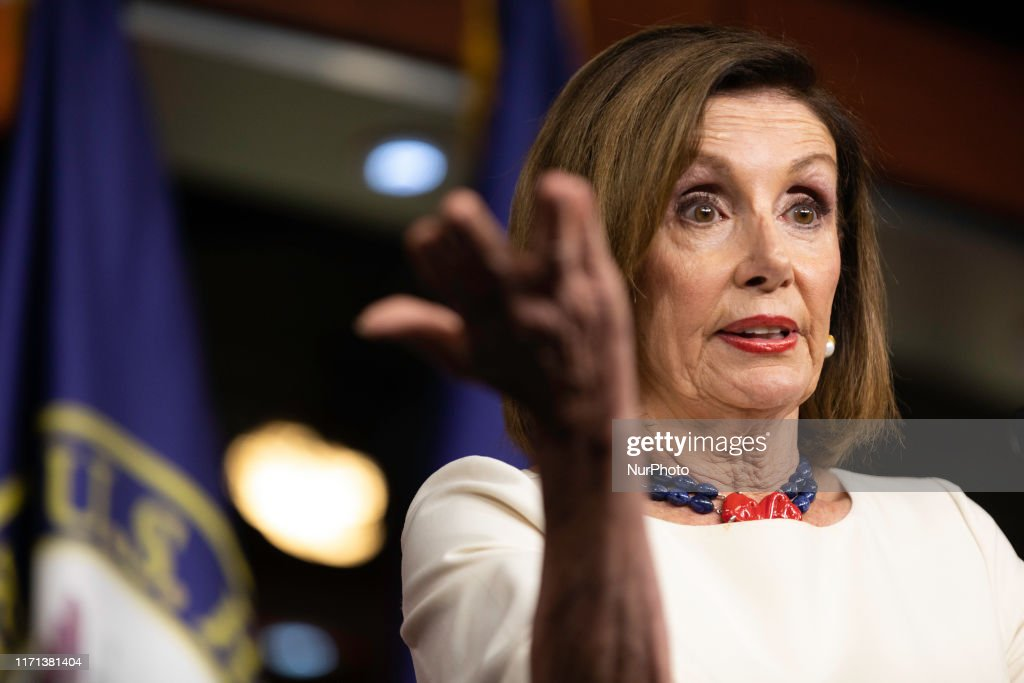 House Speaker Nancy Pelosi Holds Weekly News Conference At U.S. Capitol : News Photo