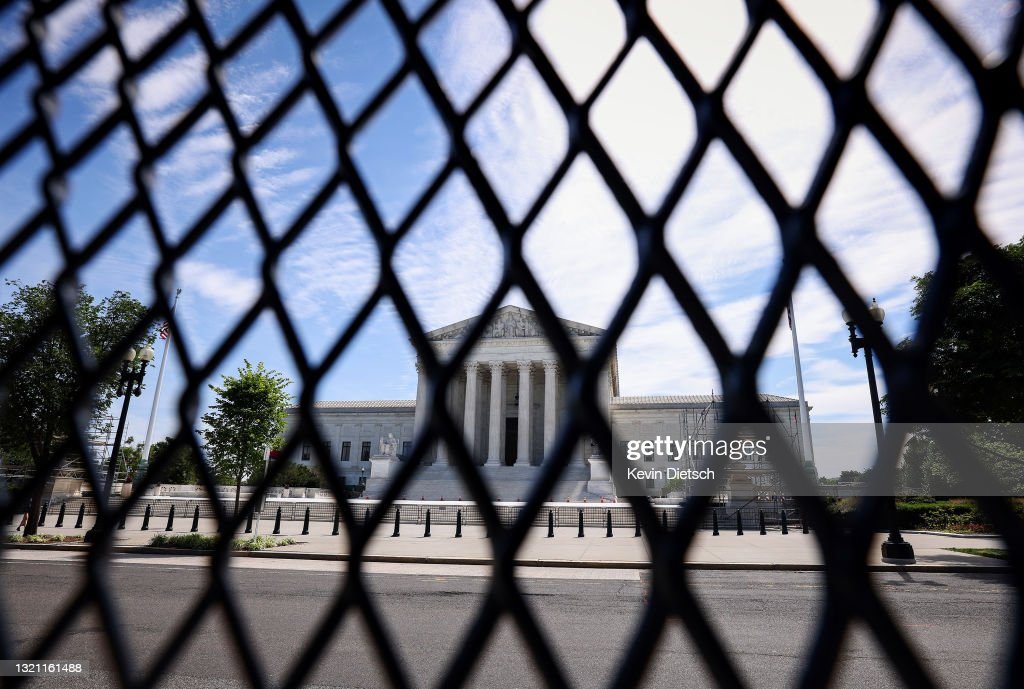 Supreme Court Set To Issue Major Rulings : News Photo