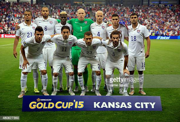 The USA team poses for a team photo prior to the CONCACAF Gold Cup match against Panama at Sporting Park on July 13 2015 in Kansas City Kansas