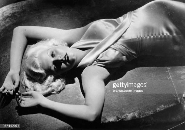 The USamerican actress Jean Harlow 1933 Photograph Die USamerikanische Schauspielerin Jean Harlow 1933 Photographie