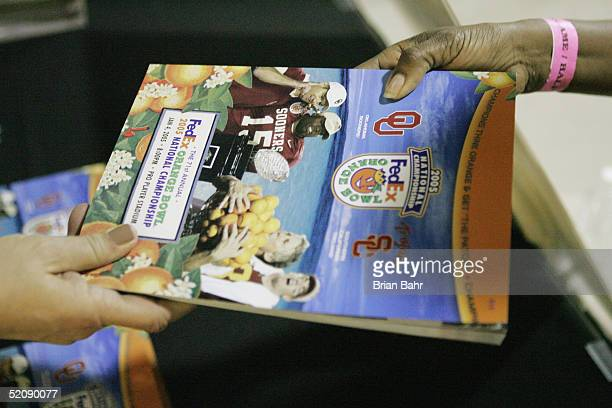 The USC Trojans and the Oklahoma Sooners are featured in the 2005 FedEx Orange Bowl National Championship program on January 4 2005 at Pro Player...
