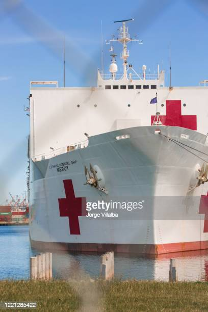the usns mercy (t-ah-19) at the port of los angeles in san pedro ca - mercy ships stock pictures, royalty-free photos & images