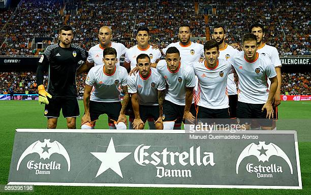 The Valencia CF team pose ahead the preseason friendly match between Valencia CF and AC Fiorentina at Estadio Mestalla on August 13 2016 in Valencia...
