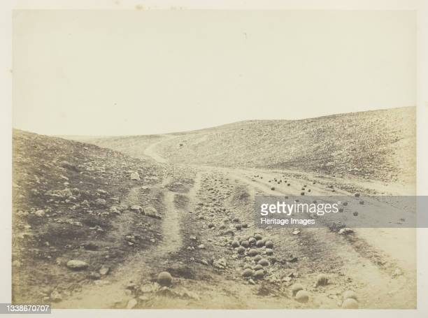 The Valley of the Shadow of Death, 1855. A work made of salted paper print, plate 8 from the album 'photographs taken in the crimea' . Artist Roger...