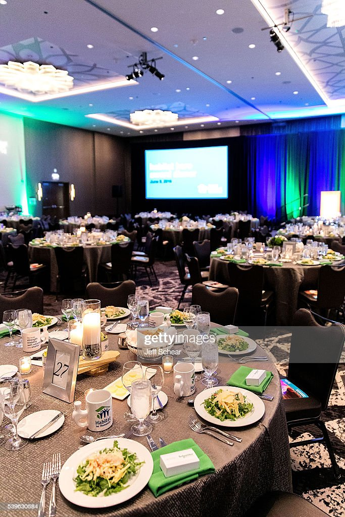 Habitat Hero Award Dinner Photos And Images Getty Images - Valspar Wedding Cake