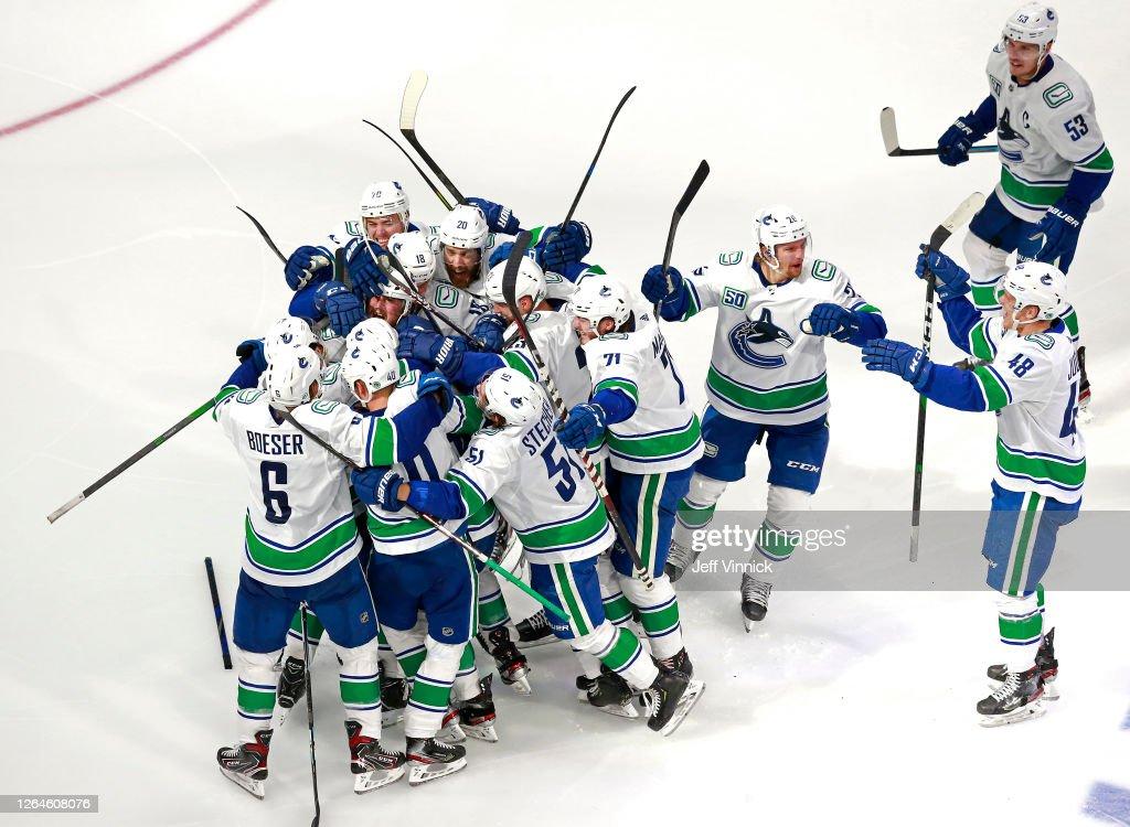 Vancouver Canucks v Minnesota Wild : News Photo