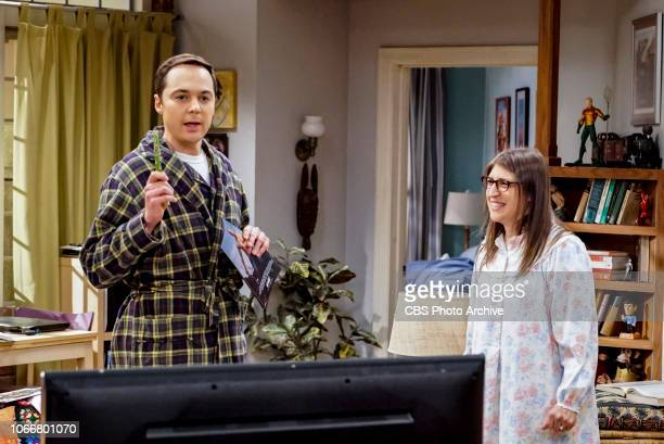 'The VCR Illumination' Pictured Sheldon Cooper and Amy Farrah Fowler Sheldon and Amy are still down about their theory being disproven but a VHS tape...