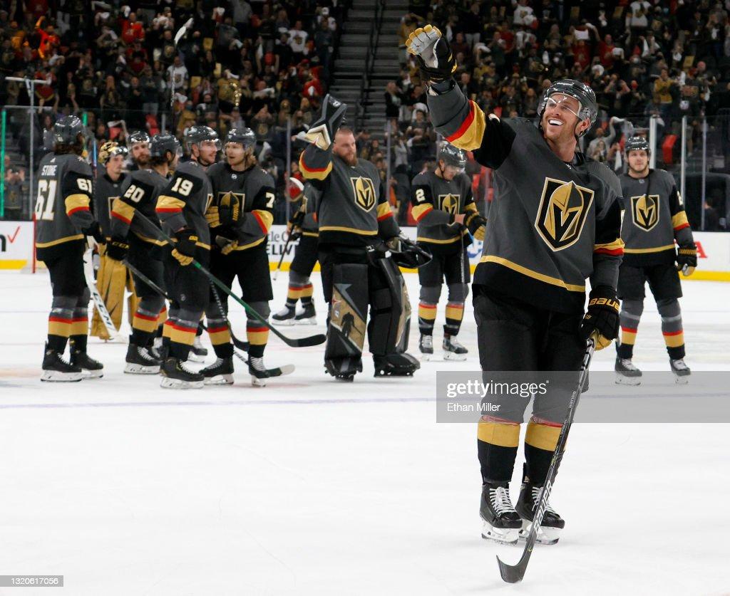 Minnesota Wild v Vegas Golden Knights - Game Seven : News Photo