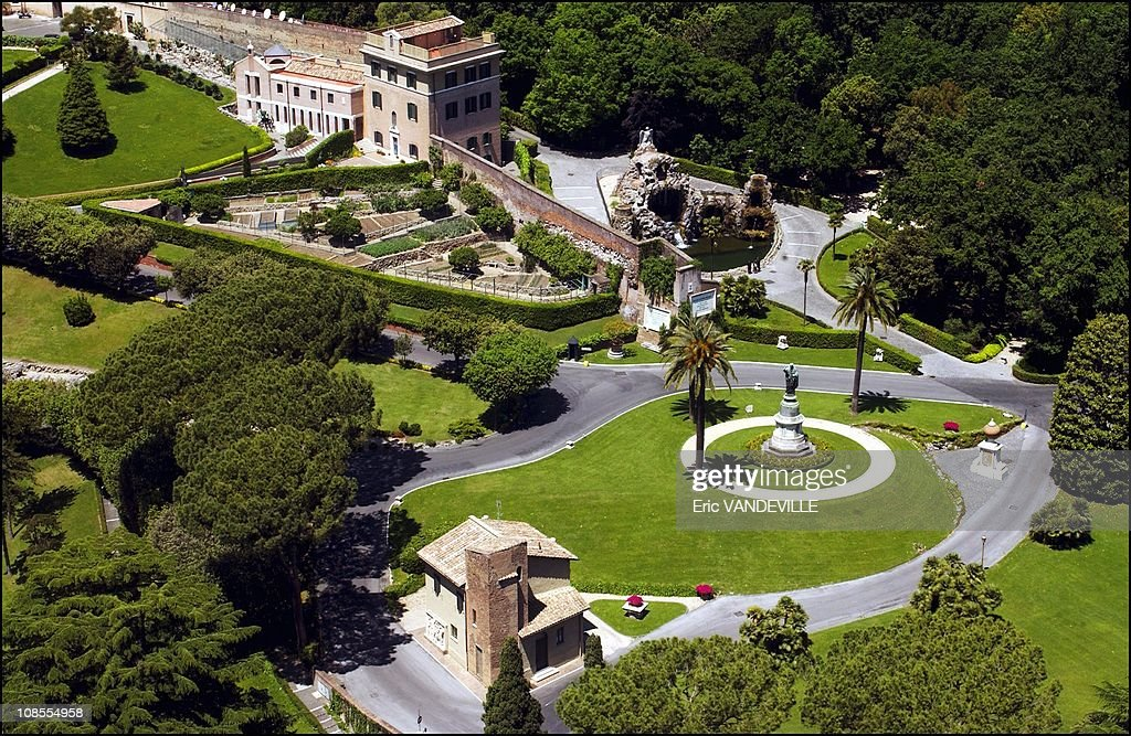 A tour of the private gardens at the secret garden of the pope at ...