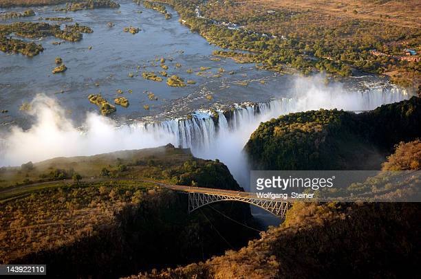 the victoria falls - zimbabwe stock pictures, royalty-free photos & images