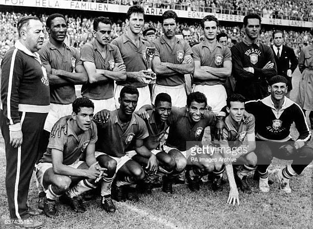 The victorious Brazil team with the trophy Coach Vicente Feola Djalma Santos Zito Bellini Nilton Santos Orlando Gilmar Garrincha Didi Pele Vava Mario...