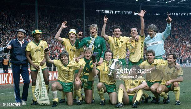 The victorious Norwich City team after beating Sunderland 1-0 in the League Cup Final, sponsored by the Milk Marketing Board, at Wembley Stadium in...