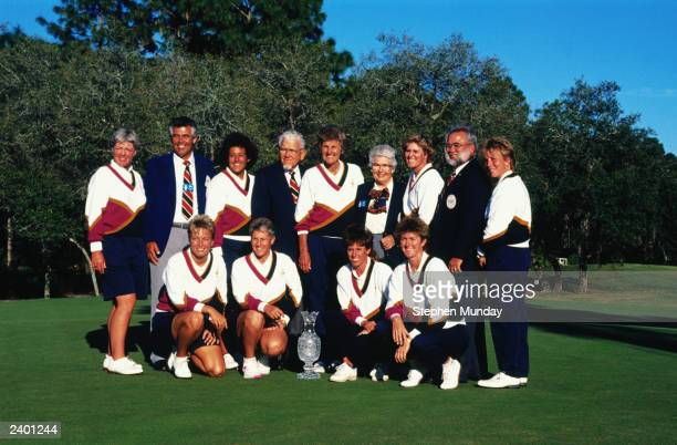 FLORDIA 1990 The victorious USA team with the Solheim family after the Solheim Cup in 1990 at the Lake Nona Golf Club in Florida USA
