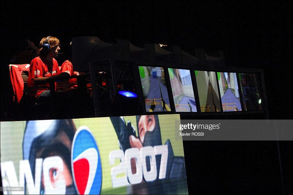 The Video Games World Cup In Paris, France On July 05, 2007. : News Photo