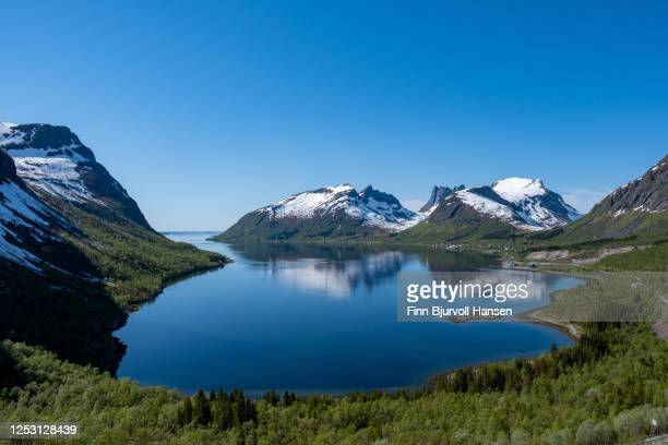 the view from viewpoint bergsbotn at the island senja in northern norway - finn bjurvoll stock pictures, royalty-free photos & images