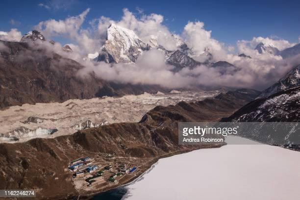 the view of gokyo village from gokyo ri, everest base camp via gokyo trek, nepal - gokyo ri ストックフォトと画像