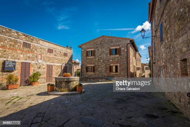 the village of contignano, tuscany - italian cypress stock pictures, royalty-free photos & images