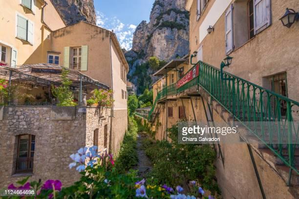 the village of moustiers-sainte-marie - alpes de haute provence stock photos and pictures