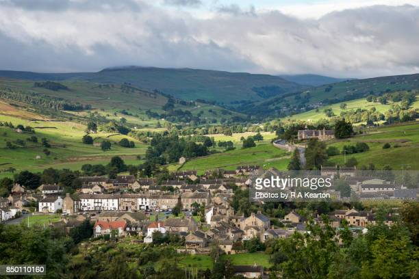 the village of reeth in swaledale, yorkshire dales, england - town stock pictures, royalty-free photos & images