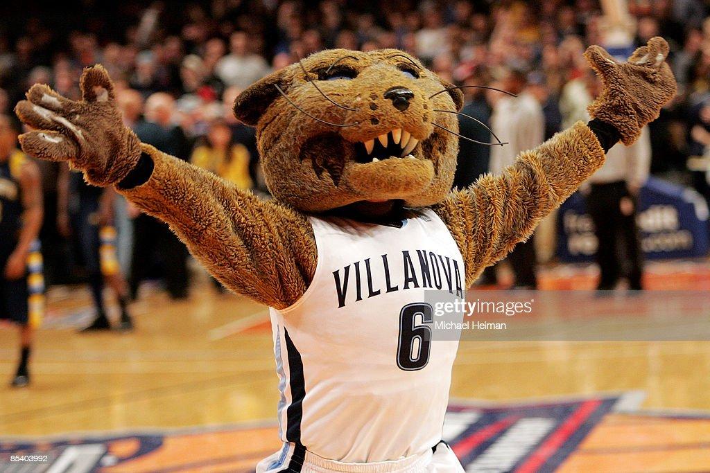 Big East Tournament: Villanova Wildcats v Marquette Golden Eagles : News Photo