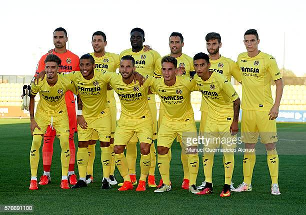 The Villarreal CF team pose prior to the friendly match between Villarreal CF and CD Hospitalet at Ciudad Deportiva of Miralcamp on July 16 2016 in...