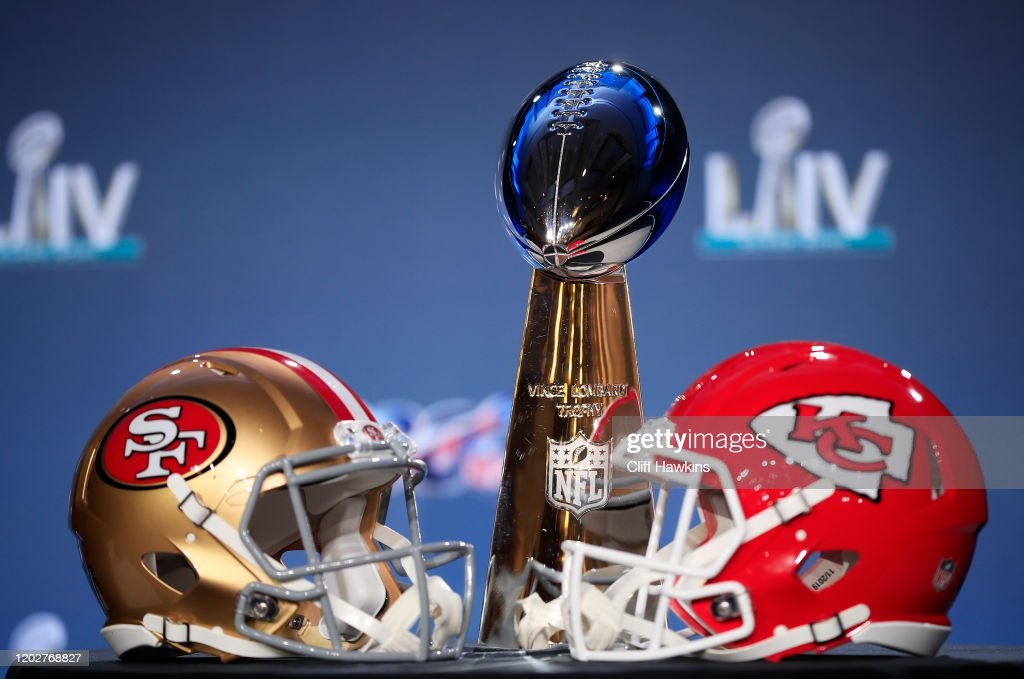 NFL Commissioner Roger Goodell Super Bowl Press Conference : News Photo