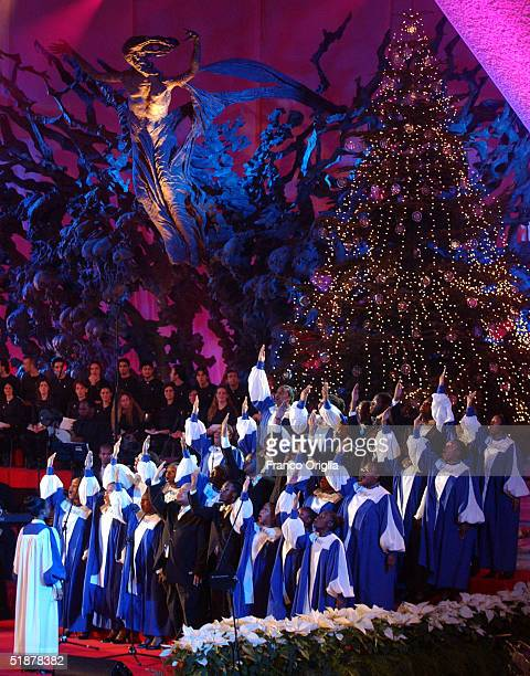 """The Virginia State Gospel Chorale of the U.S. Performs at the """"Vatican Christmas Concert"""" to raise funds to build churches in outlying neighbourhoods..."""