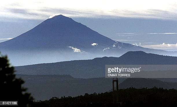 The visra of the Popocatepetl volcano in Mexico City in the morning 06 November 2000 After several ash exhalations during the weekend the authorities...