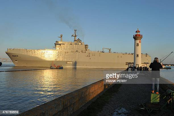 The Vladivostok warship a Mistral class LHD amphibious vessel ordered by Russia to the STX France shipyard in SaintNazaire western France leaves for...