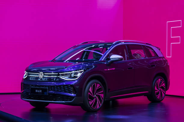 CHN: VW China CEO Stephan Wollenstein Interview And New ID.6 Electric SUV