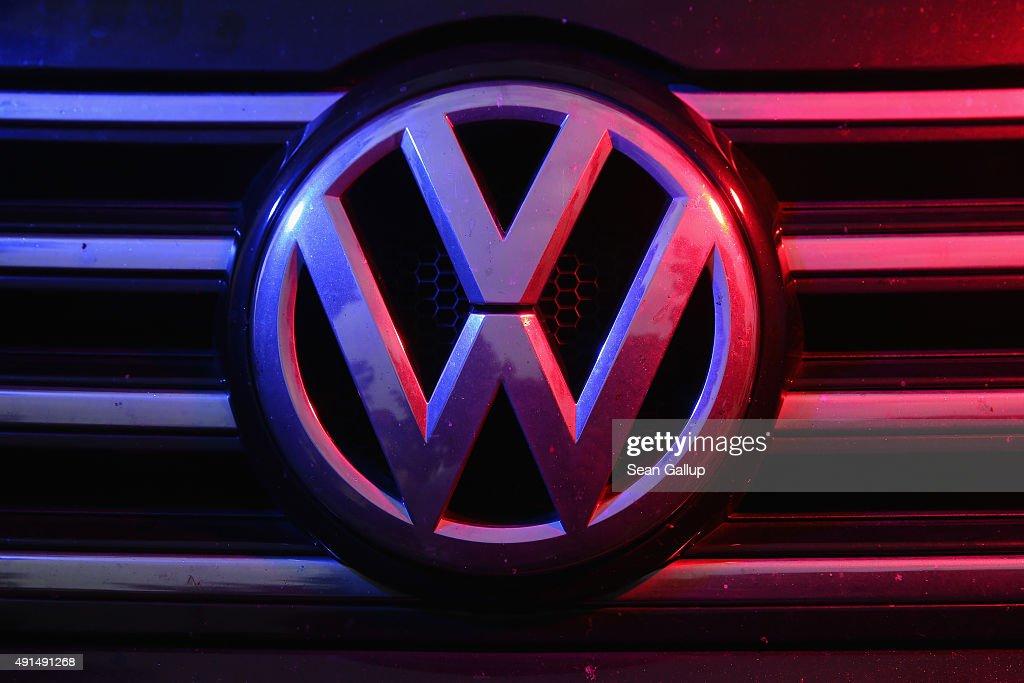 Volkswagen Wrestles With Diesel Emissions Scandal : News Photo