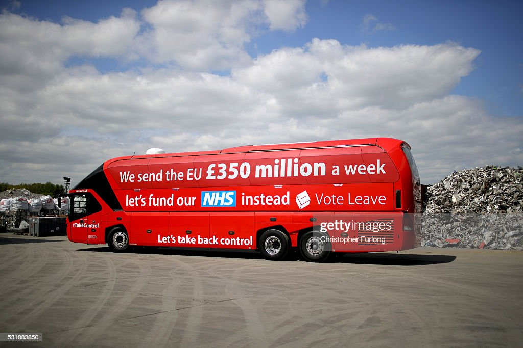 Boris Johnson And Gisela Stuart Aboard The Leave Campaign Bus : News Photo