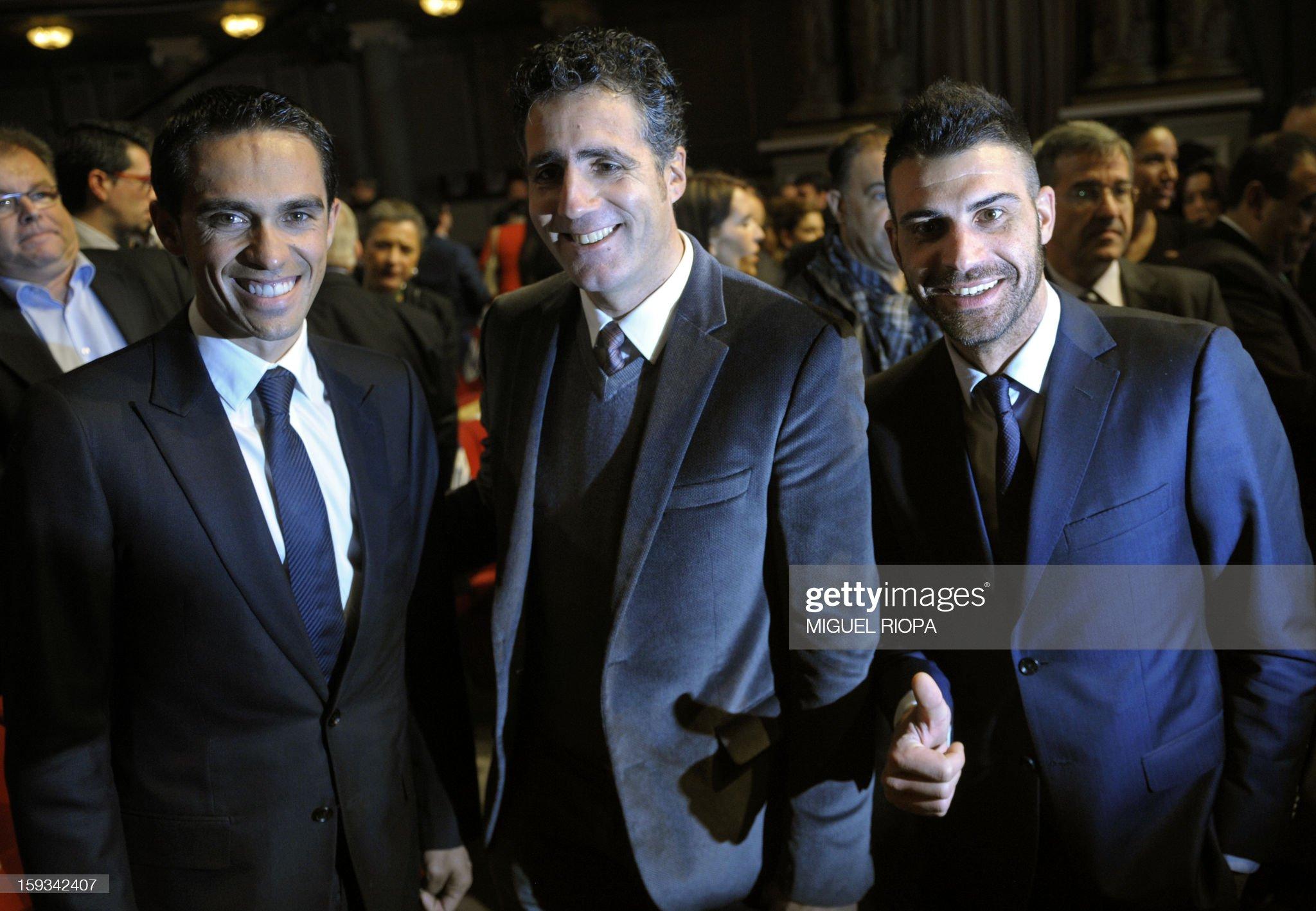 ¿Cuánto mide Alberto Contador? - Estatura y peso - Real height The-vuelta-2012s-winner-spanish-cyclist-alberto-contador-former-picture-id159342407?s=2048x2048