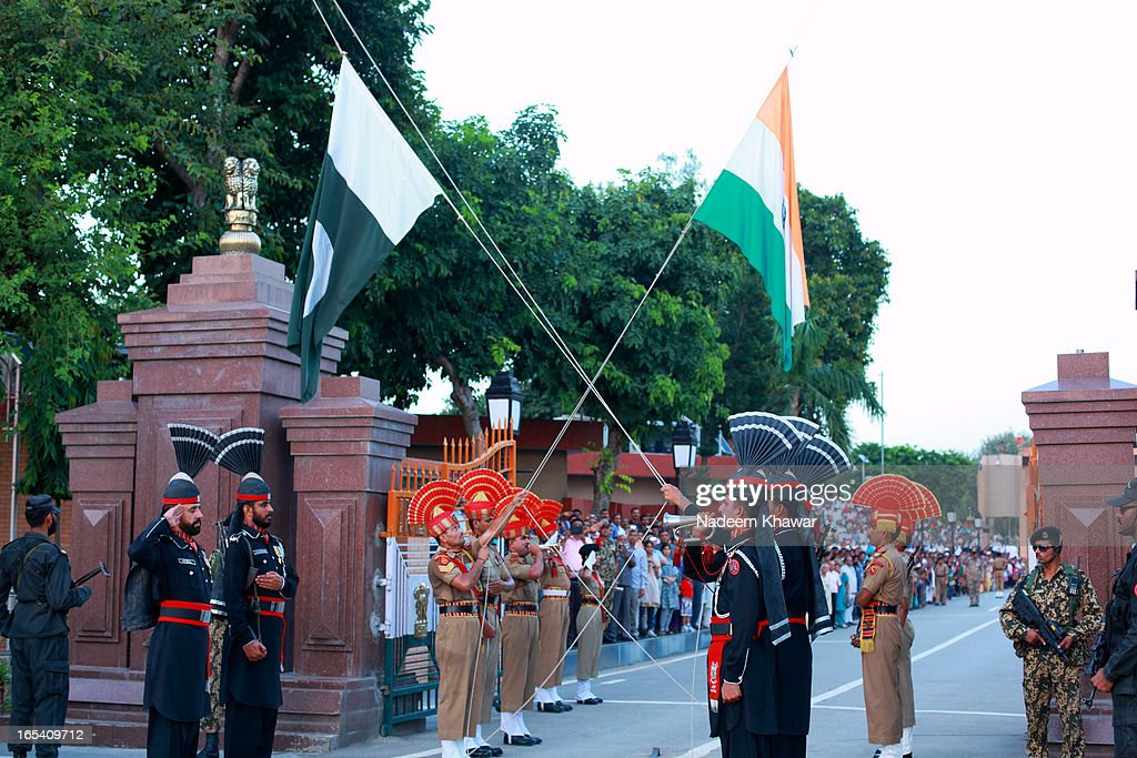 CONTENT] The Wagah border closing `lowering of the flags` ceremony is a daily military practice that the security forces of India and Pakistan have...
