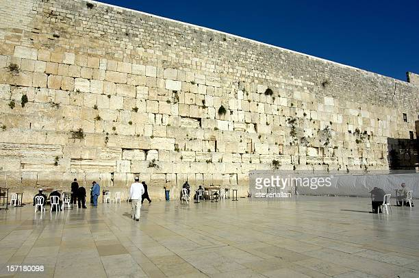 el muro de las lamentaciones de jerusalén, israel - muro de las lamentaciones fotografías e imágenes de stock